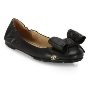 Tory Burch Flats 7.5 Black Leather Divine Bow